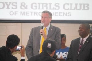 <p>Mayor de Blasio, with state Sen. James Sanders, speaks to more than 100 middle school staff from across the city during a training session hosted by the Sports & Arts in School Foundation, one of the city's biggest providers of afterschool programs.</p>