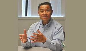 Liu stresses unity in run for Senate 1