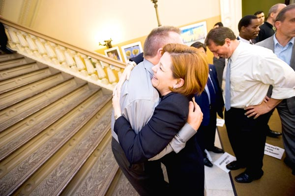 Wedding bells ring for gay New Yorkers 2
