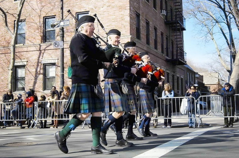 One 'n' all came to St. Pat's parade