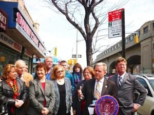 Sunnyside celebrates new parking regulation