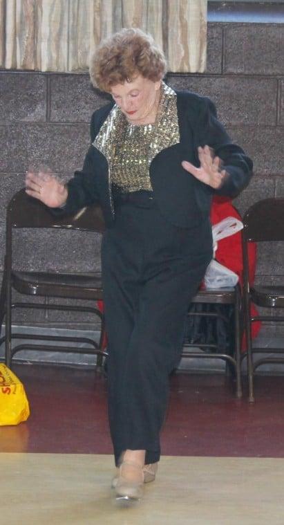 Howard Beach Seniors ring in 2013