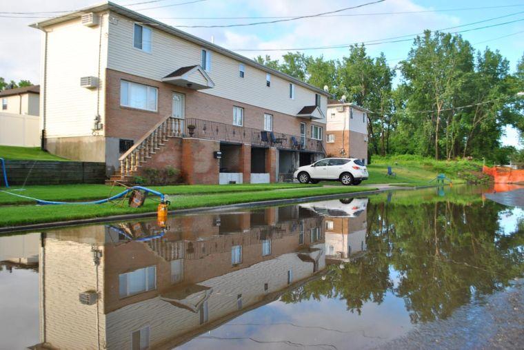 BP hopefuls wade into flooding issue 1