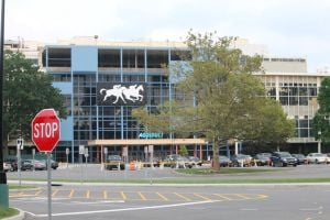 NYRA: 'no plans' to shutter Aqueduct 1