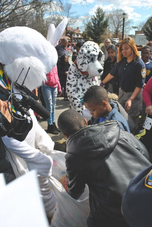 Comrie and Affinity host 12th annual Easter egg hunt in St. Albans Park