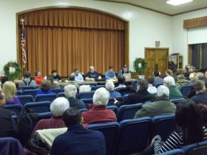 <p>Woodhaven residents gathered for a public forum on the proposals to build a park or a railroad on the former Rockaway Beach LIRR line that runs along the eastern border of the neighborhood behind backyards on 98th Street.</p>