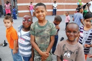 Summer programs at Astoria Houses 1