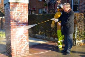 Free graffiti removal in Jackson Heights 1