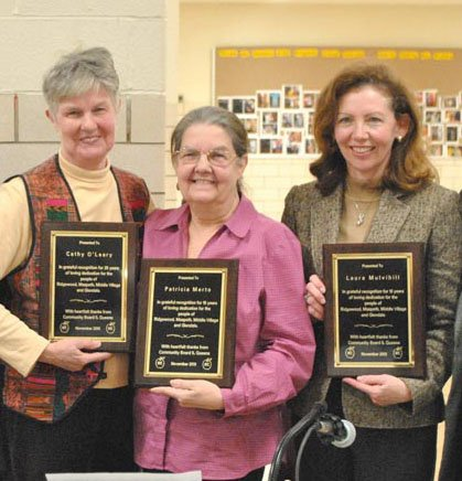 CB 5 honors three board members 1
