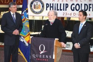 Queens College to study rail line plans 1