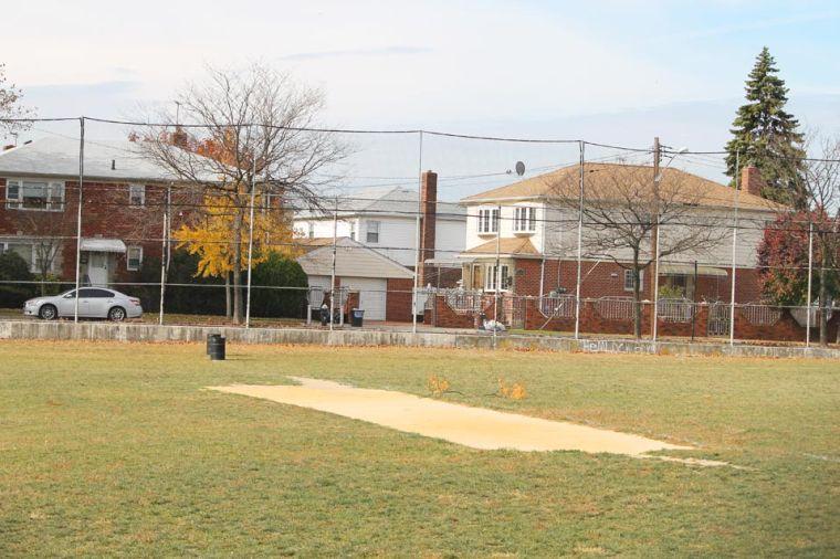 Tudor Park gets higher fence 1