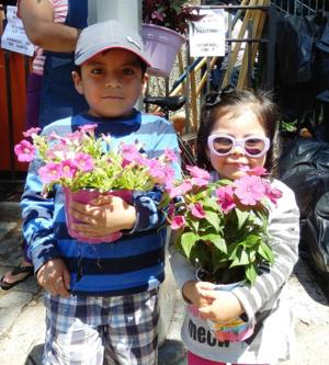 PS 16 gardening club makes a difference
