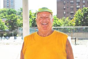 Queens swimmer helps in rescue 1