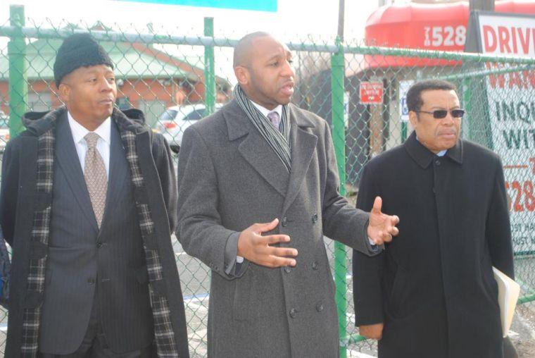 Richards seeks to curb parking fees 1