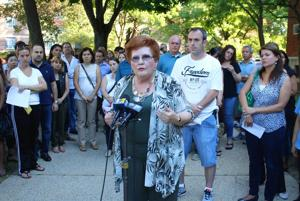 Parents rally against abusive PS 101 teacher 1