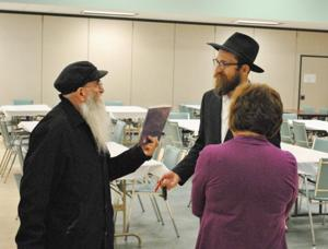 Rabbi brings spirit of Passover to Rockaway 1