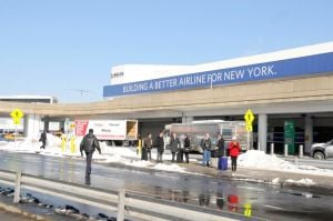 Airport workers make gains — at JFK, LGA 1