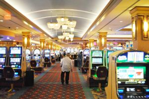 Casino bill means no tables in Queens 1