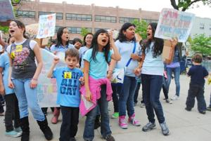 Students slam mayor's plan to cut programs