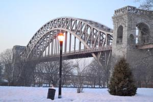 Hell Gate Bridge may go to the light side 1
