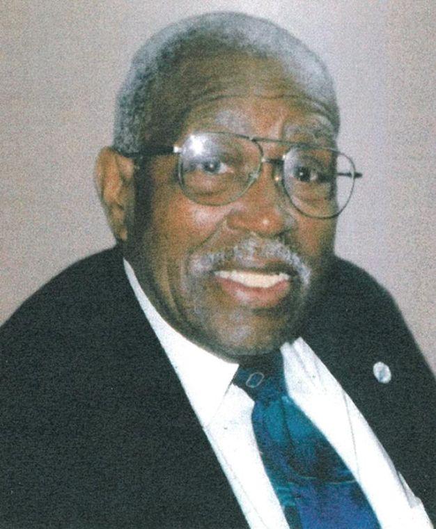 Robert Ruffin, longtime CB 10 member, dies 1