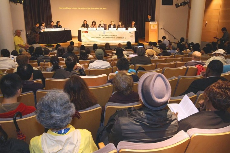 Flushing forum draws candidates 1