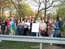 Maspeth group honored for clearing wasteland