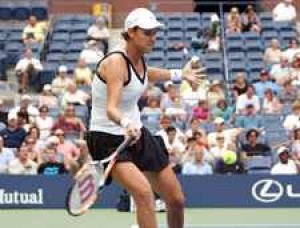 Lindsay Davenport Juggles Motherhood And Tennis
