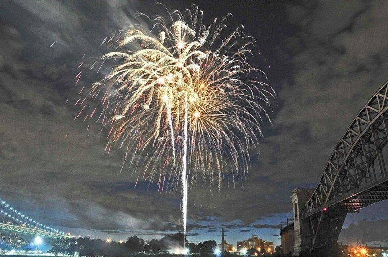 Astoria starts summer with a bang