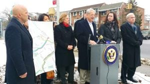 Pols protest lack of Douglaston bus service 1