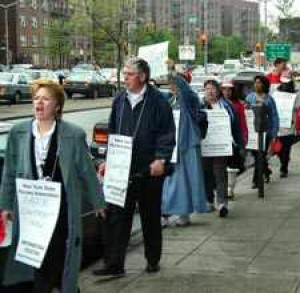 Home Care Nurses Picket For Lighter Workloads, Fair Contract