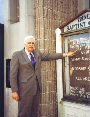 Flushing pastor and activist dies at 81 1