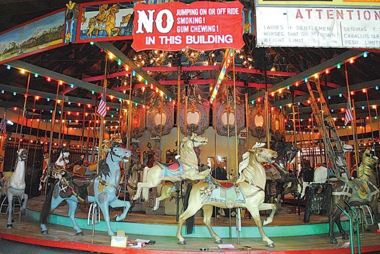 Forest Park Carousel eyed for landmarking 1