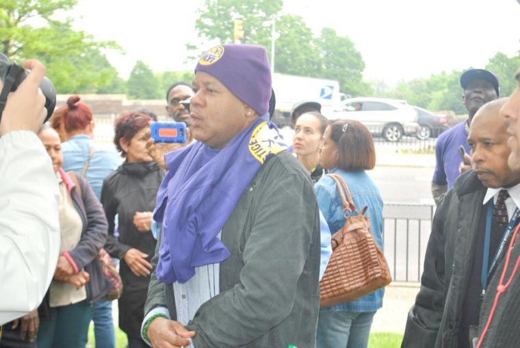 Airport workers stage rally in Kew Gardens 2
