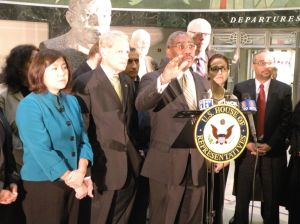 <p>Queens congressional representatives Grace Meng, left, Steve Israel and Gregory Meeks all spoke in support Friday of a measure by Congressman Joe Crowley, second from right, aimed at reducing noise near airports nationwide.</p>