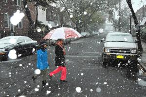 Early storm hits New York