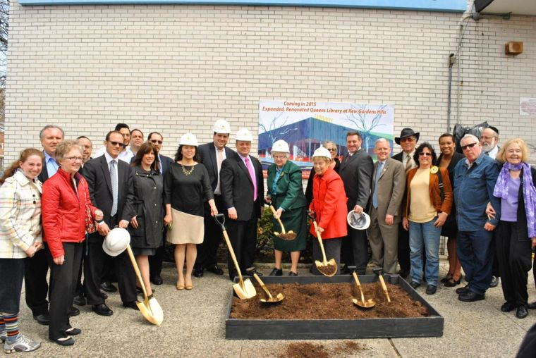 City officials break ground on library 1
