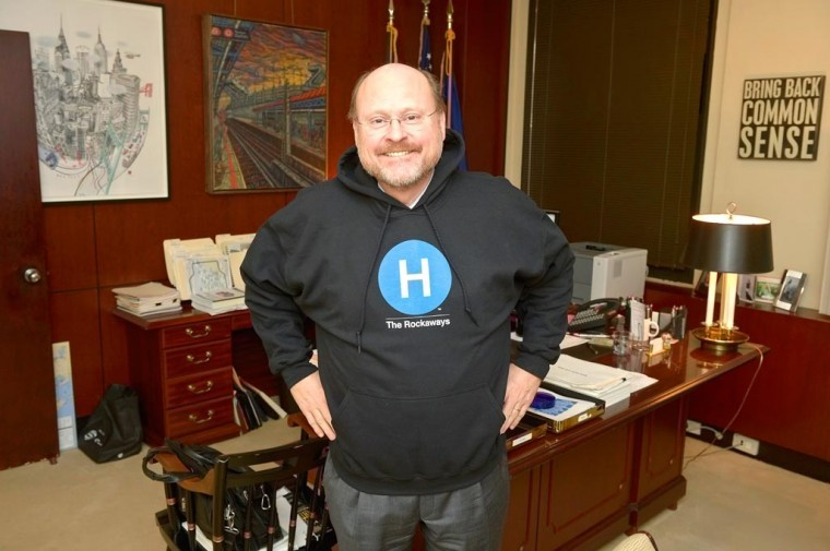 MTA's Lhota hopes to derail mayoral hopefuls 1