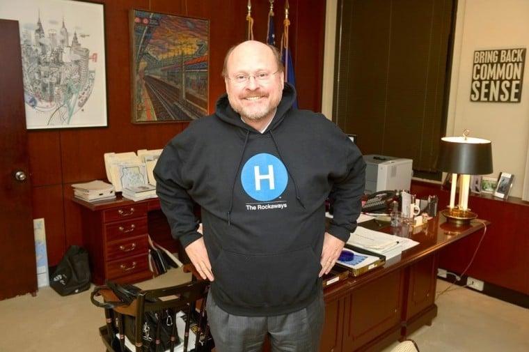 MTA's Lhota hopes to derail mayoral hopefuls 1