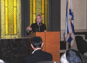 Gillibrand on jobs, Israel in Flushing 1