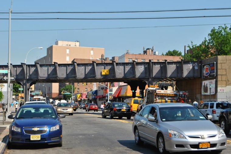LIRR Elmhurst station survey raises questions 1