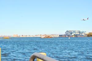 Flushing barge breaks loose again 1
