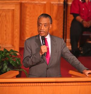 Sharpton visits Jamaica church 1