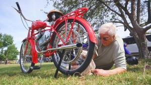 Antique cycles cruise at museum