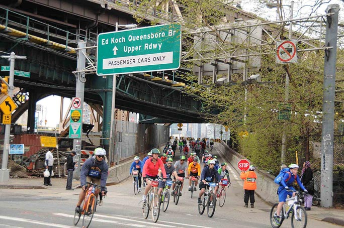 TD 5 Boro Bike Tour rides through Queens 1