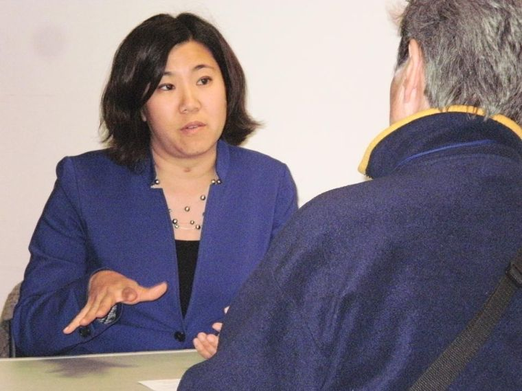 Meng meets with her constituents 1