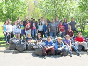 Woodhaven playground cleanup 1