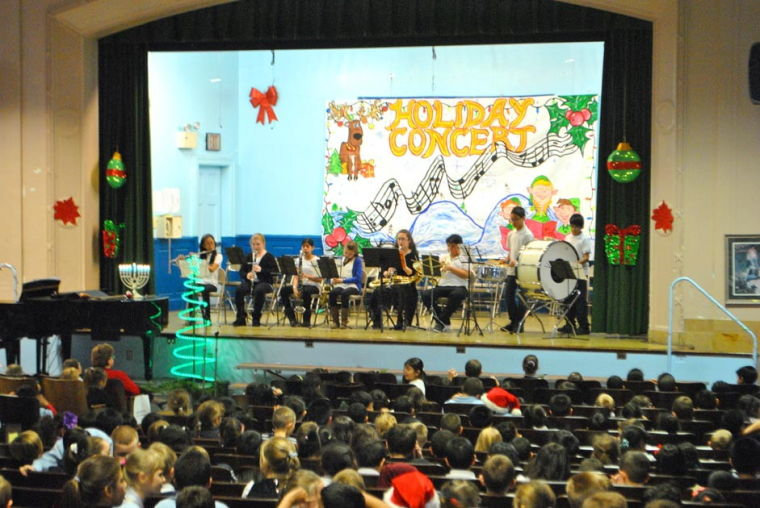 PS 153 celebrates the Christmas season in style