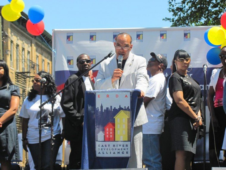 Long Island City honors Bishop Taylor 1