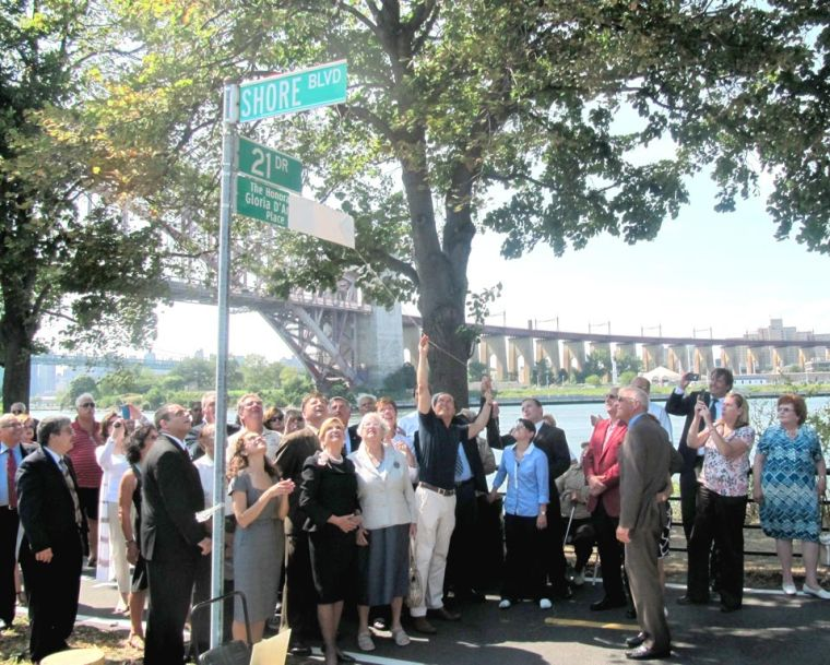 Two community leaders commemorated 2